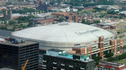 800px-Edward_Jones_Dome_KM